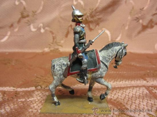 Juguetes Antiguos: Soldadito de plomo, jinete del sequito real español o prusiano - Foto 3 - 37125100