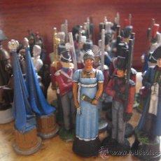 Juguetes Antiguos: SOLDADOS DE PLOMO - AJEDREZ NAPOLEONICO - 32 PIEZAS - SIN ACABAR DE PINTAR. Lote 36931097