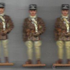 Juguetes Antiguos: TRES CAPITANES DE TANQUES FRANCIA 1939/40. Lote 40993223