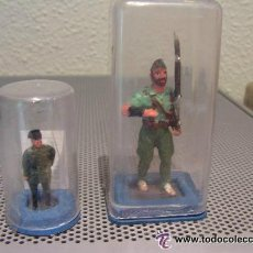Juguetes Antiguos: LOTE DE 2 FIGURAS PLOMO: LEGIONARIO GUERRA CIVIL ( 60 MM) Y GUARDIA CIVIL ( 40 MM). Lote 140498352