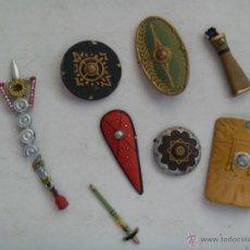 Juguetes Antiguos: LOTE DE ESCUDOS Y ARMAS DE PLOMO PARA FIGURAS DE 65 MM.. Lote 43566864