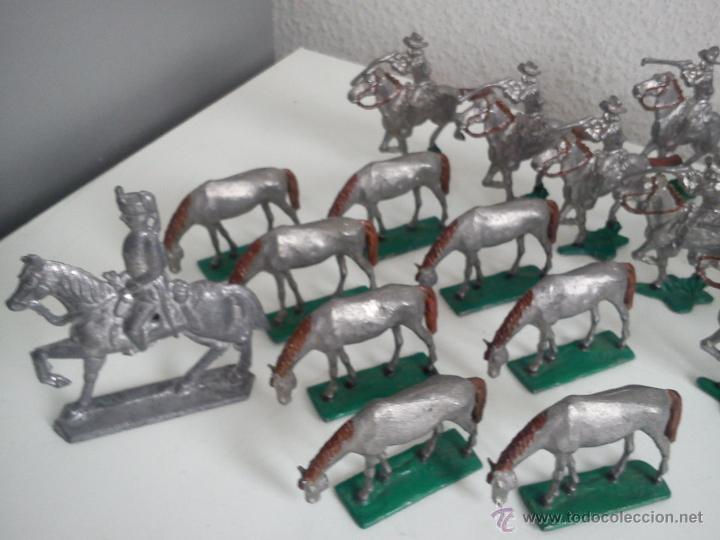Juguetes Antiguos: ANTIGUA COLECION DE 18 FIGUARS DE PLOMBO DOS ANOS 50,60 TIEN 8 CAVALLOS 9 SOLDADOS NO CAVALLO - Foto 8 - 47608781