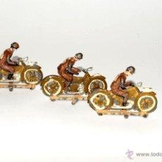 Juguetes Antiguos: ANTIGUOS MOTORISTAS EN PLOMO CAPEL AÑOS 1940. Lote 49924475
