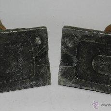 Juguetes Antiguos: MOLDE PARA ACCESORIO DE SOLDADITO DE PLOMO, SOLDADO, EL MOLDE MIDE 7,5 X 6 CMS.. Lote 50032448