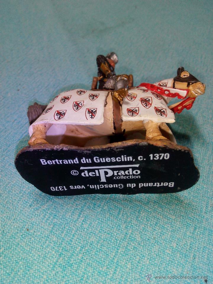 Juguetes Antiguos: Soldado de plomo a caballo. bertrand du guesclim,ver 1370.Ediciones del Prado. - Foto 3 - 155824022