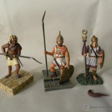 Juguetes Antiguos: LOTE 3 SOLDADOS DE PLOMA MARCA ATLAS. Lote 53714846