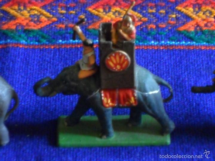 Juguetes Antiguos: LOTE 3 ELEFANTES ELEFANTE PLOMO Y ARQUEROS Y PORTEADORES. MARAVILLOSOS. BUEN ESTADO. - Foto 4 - 56634506