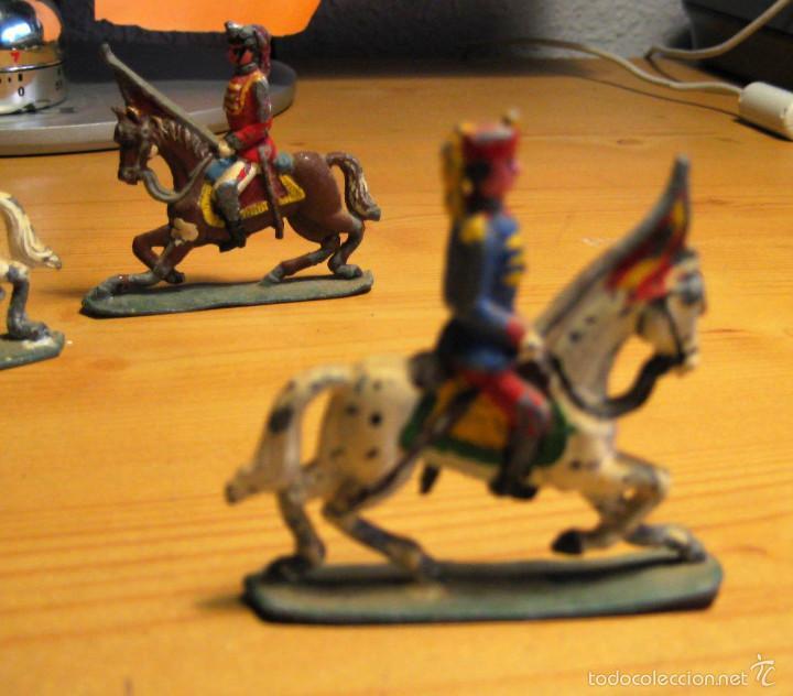 Juguetes Antiguos: 3 soldaditos de plomo antiguos a caballo - Foto 2 - 58247449