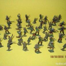 Juguetes Antiguos: ANTIGUOS SOLDADOS DE PLOMO, 42 INDIOS NAVAJOS MOHICANOS ..... - AÑO 1930-40S.. Lote 63272932