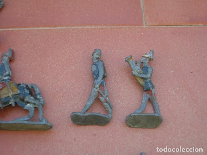 Juguetes Antiguos: Lote de antiquísimos soldados de plomo de 5 ctms..Todos los de la fotografia. - Foto 4 - 66942286