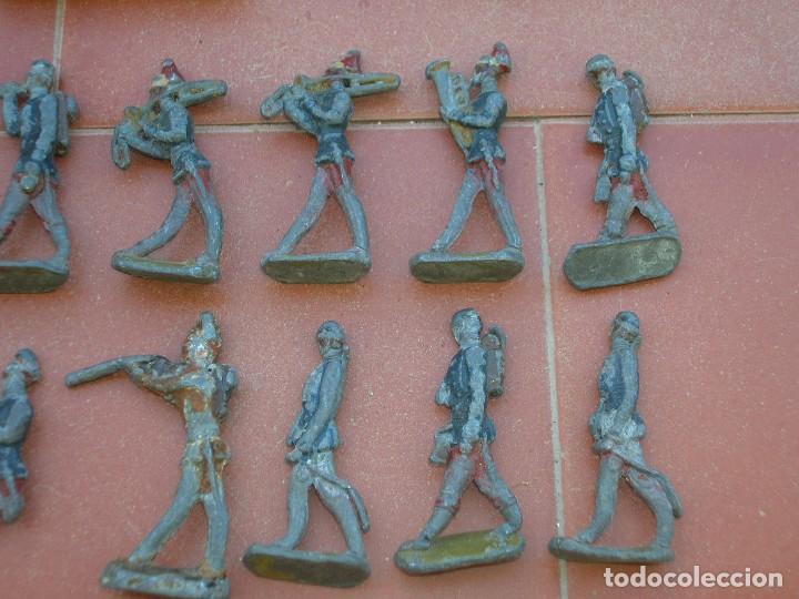 Juguetes Antiguos: Lote de antiquísimos soldados de plomo de 5 ctms..Todos los de la fotografia. - Foto 7 - 66942286