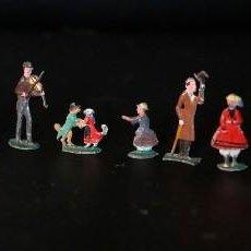 Juguetes Antiguos: LOTE DE 15 FIGURAS DE PLOMO PLANAS. FIGURAS DE EPOCA, MUSICOS, PERROS BAILANDO.... Lote 68516905
