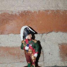 Juguetes Antiguos: MARISCAL DE NAPOLEÓN BESSERIES PLOMO Y PEANA DE MADERA. Lote 69082171