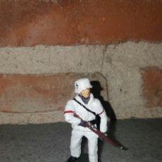 Juguetes Antiguos: SOLDADO ALEMÁN SEGUNDA GUERRA MUNDIAL UNIFORME DE NIEVE. Lote 146646761