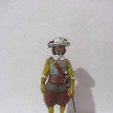 Juguetes Antiguos: OFICIAL DE INFANTERIA 1652 SOLDADOS ESPAÑOLES ESCALA H/54 PINTADO A MANO. Lote 82936300
