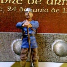 Juguetes Antiguos: SOLDADOS DE PLOMO DE LA EDAD MEDIA - HOMBRE DE ARMAS SAJON (SOLDADO + FASCICULO 12 PAGINAS) . Lote 87372536