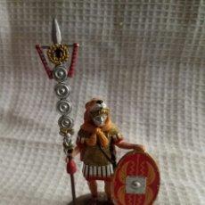 Juguetes Antiguos: FIGURA DE PLOMO SIGNIFERO ROMANO ALTAYA ESCALA 1:32. Lote 95927688