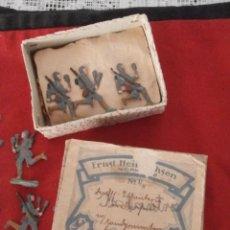 Juguetes Antiguos: 19 SOLDADITOS SOLDADOS DE PLOMO ALEMANES ANTIGUOS EJERCITO ALEMÁN FABRICADOS EN ALEMANIA 1930/40. Lote 100392815