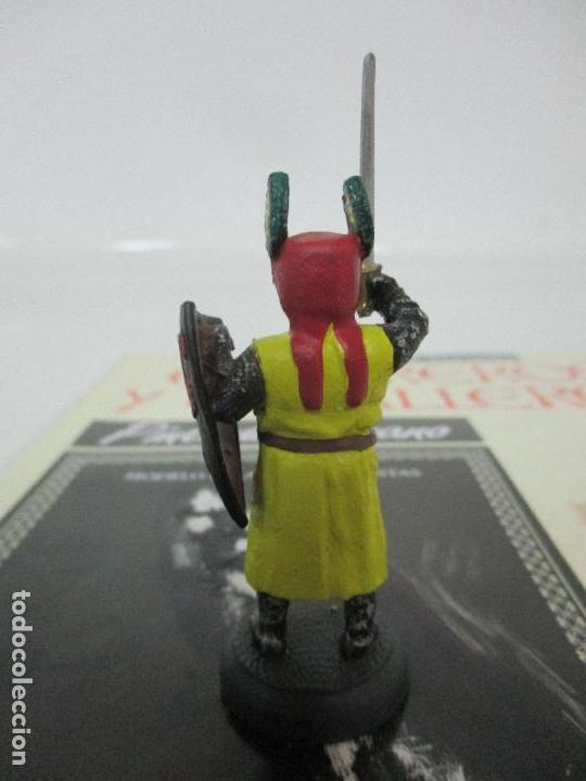 Juguetes Antiguos: Soldados de Plomo - Guerreros y Caballeros - R.B.A. nº 16 - Mongolia - con Fascículo - Foto 3 - 105568987