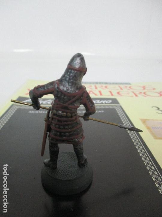 Juguetes Antiguos: Soldados de Plomo - Guerreros y Caballeros - R.B.A. nº 36 - Bizancio - con Fascículo - Foto 3 - 105569639