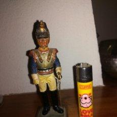 Juguetes Antiguos: SOLDADO - REGIMIENTO DE CORACEROS - FRANCIA - 1809 - 12,5 CMS. - 300 GRAMOS - MUY ANTIGUO. Lote 110572447