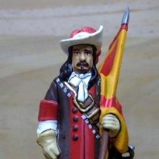 Juguetes Antiguos: FIGURA DE PLOMO ABANDERADO DEL TERCIO SEVILLA 1700. Lote 112084167