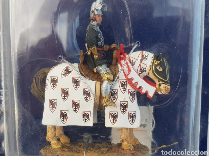 Juguetes Antiguos: Caballero medieval a caballo Bertrand du Guesclin 1370 soldado de plomo del Prado SME023 - Foto 2 - 116365950