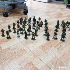 Juguetes Antiguos - Lote 60 soldados plomo altaya - 117018475