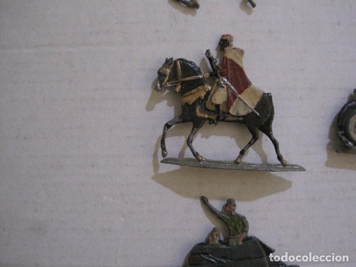 Juguetes Antiguos: GUARDIA MORA FRANCO CON COCHE - SOLDADOS PLOMO PLANOS -VER FOTOS-(V-14.435) - Foto 6 - 120536867