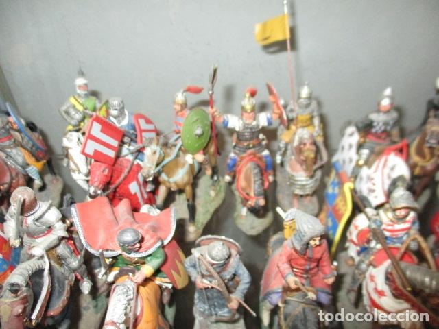 Juguetes Antiguos: Gran lote de de 38 soldados de plomo. 18 caballeros con caballo y 20 guerreros en pie. - Foto 6 - 127560995