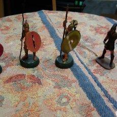Juguetes Antiguos: 5 SOLDADOS DE PLOMO. Lote 128072808