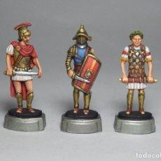 Juguetes Antiguos: SOLDADOS DE PLOMO, FIGURAS PLOMO ROMANOS, TRES FIGURAS. Lote 128466499