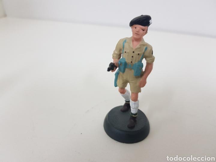 Juguetes Antiguos: Soldado de plomo octavo ejército británico Almirall referencia2 022 - Foto 2 - 133223895