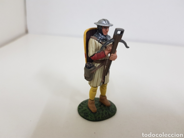 Juguetes Antiguos: Ballestero genovés del siglo 14 soldado de plomo con ballesta y escudo - Foto 2 - 134293214
