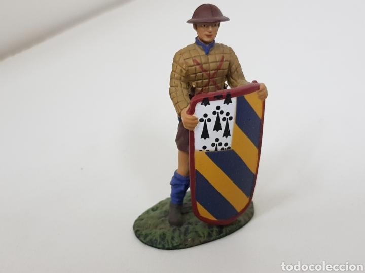 Juguetes Antiguos: Pavesero borgoñon 1424 soldado de plomo con escudo - Foto 2 - 134293607
