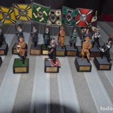 Juguetes Antiguos: SOLDADOS DE PLOMO ABANDERADOS ALEMANES SOLDAT 13. Lote 135151410