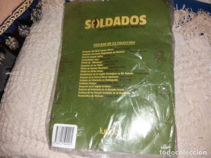 Juguetes Antiguos: LUPPA FIGURA PLOMO BLISTER CON FASCICULO 2 SOLDADOS GUERRAS SIGLO XX INFANTES MARINA ESTADOS UNIDOS - Foto 4 - 136225018
