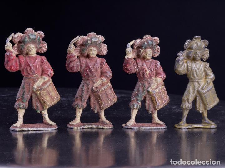 Juguetes Antiguos: ANTIGUAS FIGURAS MILITARES DE PLOMO. 4 SOLDADOS BANDA DE TAMBORES - Foto 2 - 139534490