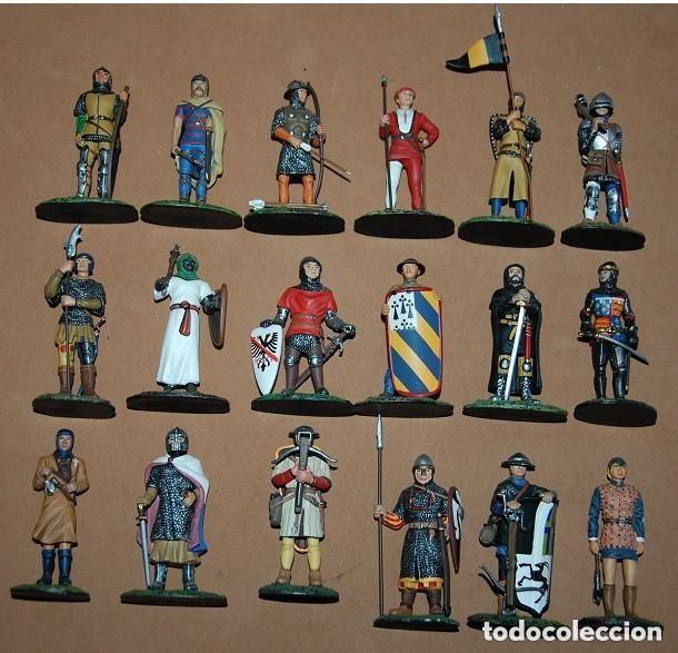 LOTE DE 18 FIGURAS DE PLOMO SOLDADOS / EDAD MEDIA (Juguetes - Soldaditos - Soldaditos de plomo)