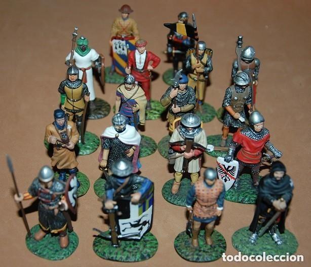 Juguetes Antiguos: LOTE DE 18 FIGURAS DE PLOMO SOLDADOS / EDAD MEDIA - Foto 3 - 147787474
