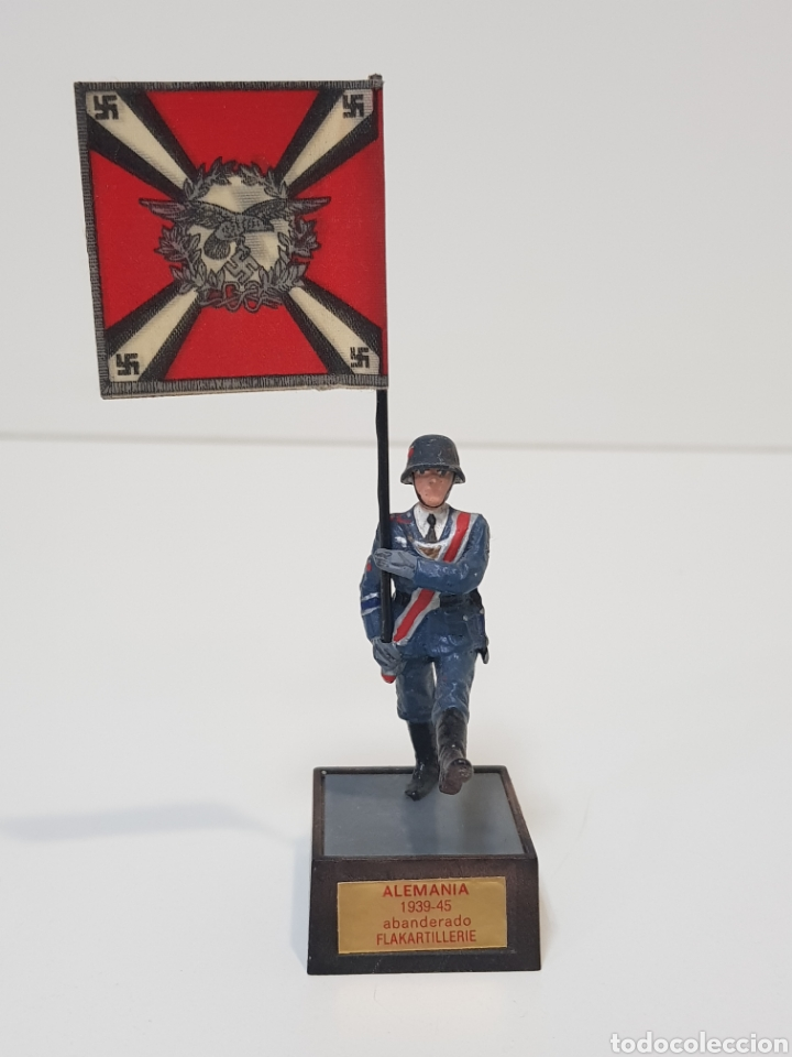 ABANDERADO NAZI ALEMÁN FLAKARTILLERIE MARCA SOLDAT ALEMANIA 1939-45 (Juguetes - Soldaditos - Soldaditos de plomo)