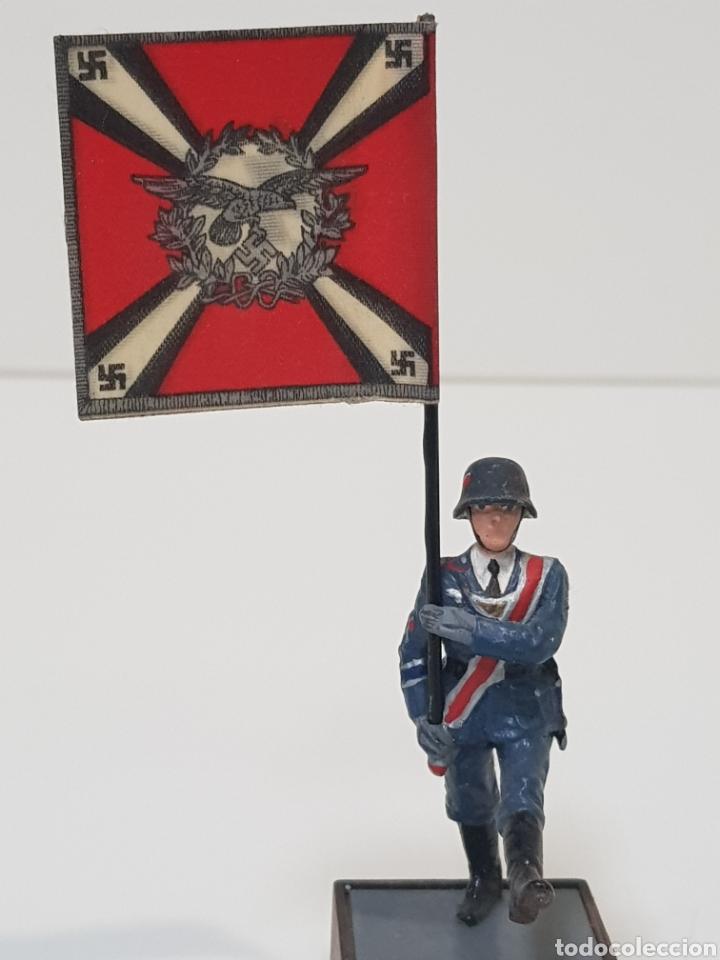 Juguetes Antiguos: ABANDERADO NAZI ALEMÁN FLAKARTILLERIE MARCA SOLDAT ALEMANIA 1939-45 - Foto 3 - 150364133