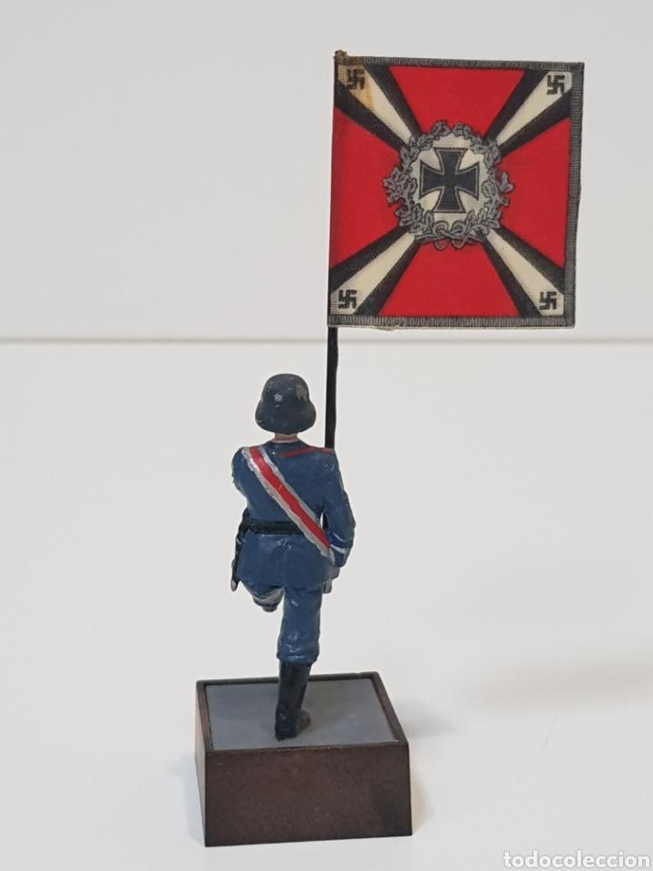 Juguetes Antiguos: ABANDERADO NAZI ALEMÁN FLAKARTILLERIE MARCA SOLDAT ALEMANIA 1939-45 - Foto 4 - 150364133