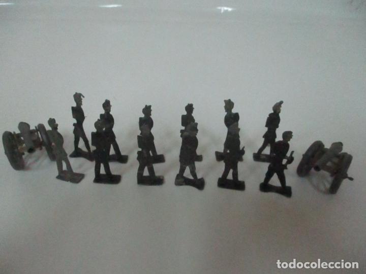 Juguetes Antiguos: 12 Soldados de Plomo Alfonsinos, Artillería - 2 Cañones - Cañón de Plomo - Capell - Años 20-30 - Foto 11 - 150762246