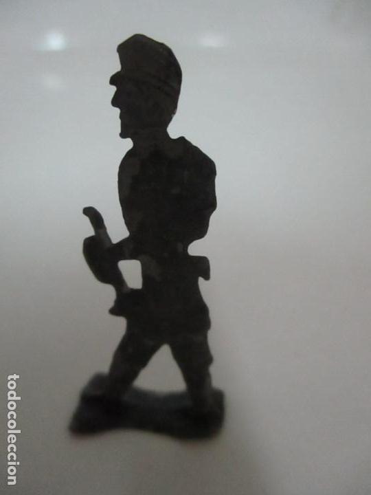 Juguetes Antiguos: 12 Soldados de Plomo Alfonsinos, Artillería - 2 Cañones - Cañón de Plomo - Capell - Años 20-30 - Foto 16 - 150762246