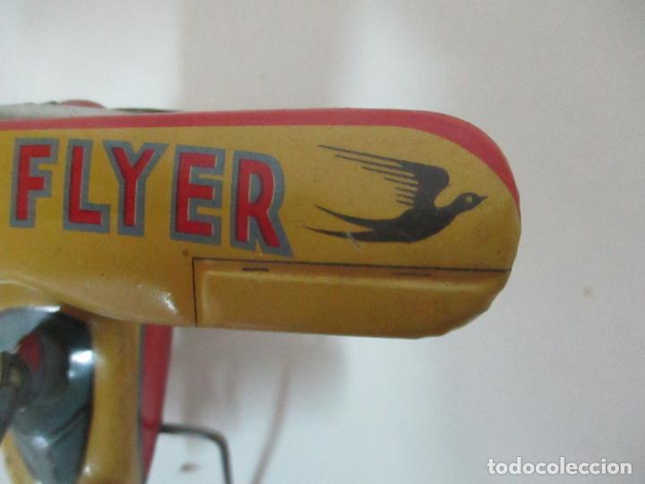 Juguetes Antiguos: Precioso y Raro Avión, Stunt Flyer- Hojalata Litografiada - Marca Suzuki - Made in Mark - Años 40-50 - Foto 12 - 151354206