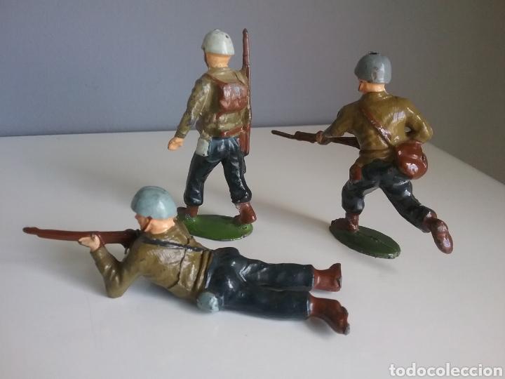 Juguetes Antiguos: Marines americanos, soldados plomo (hollowcast), Charbens (UK), años 50 , escala britains 1:32 - Foto 2 - 152067696