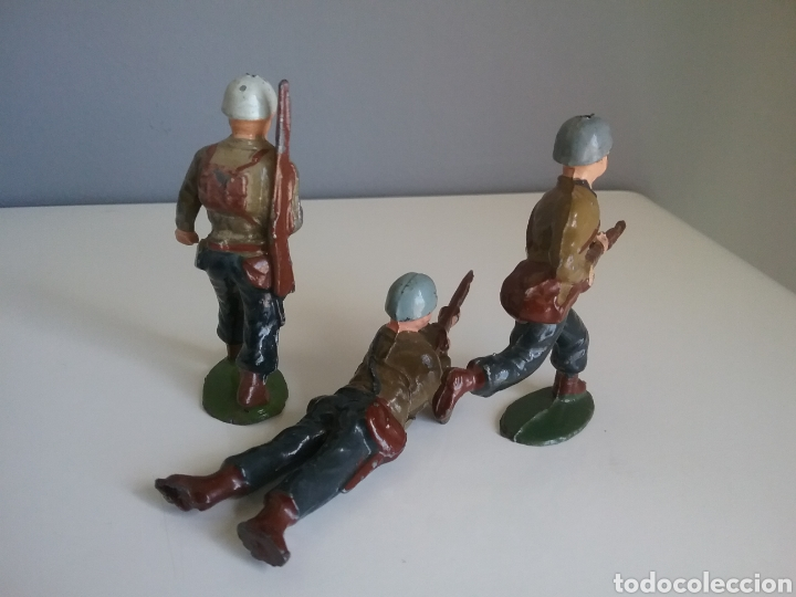 Juguetes Antiguos: Marines americanos, soldados plomo (hollowcast), Charbens (UK), años 50 , escala britains 1:32 - Foto 3 - 152067696