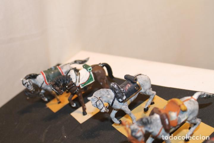 Juguetes Antiguos: 14 CABALLOS DE PLOMO - Foto 3 - 152463522