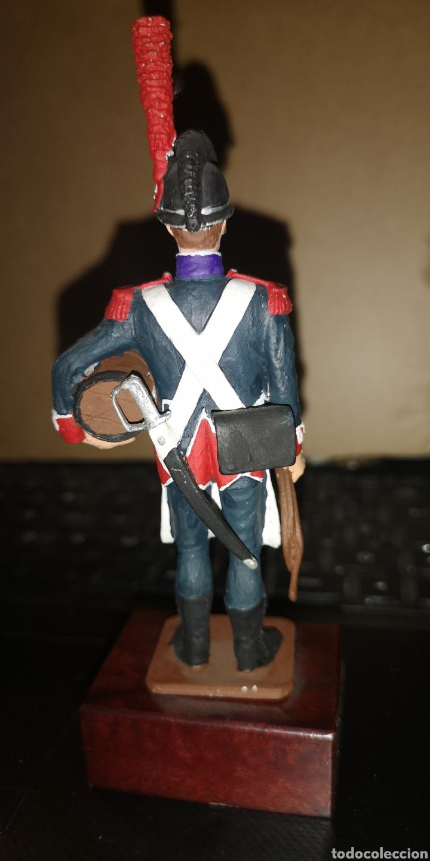Juguetes Antiguos: Soldado plomo pintado a mano de regimiento real de Zapadores minador es, sargento 1806 - Foto 3 - 153187706